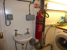Bowthruster room extinguisher 3