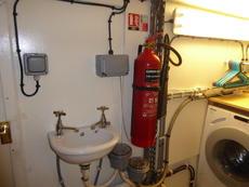 Bowthruster room extinguisher 3
