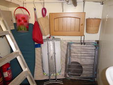 Bowthruster room storage