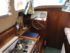 saloon steering port