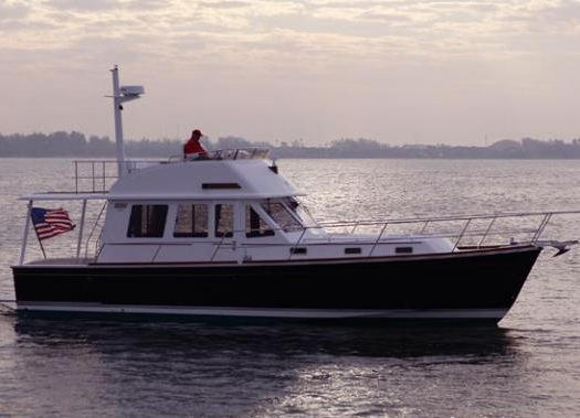 Sabre Yachts Sabre Motor Yachts Sabre 42 Fly Bridge
