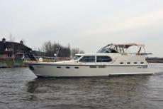 Succes Yachts