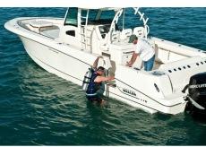 Boston Whaler -  370 Outrage