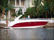 Chaparral 350 Signature Cruiser
