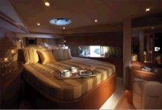 Sunseeker Manhattan 66 VIP Stateroom