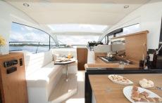 Sealine Cruiser C330