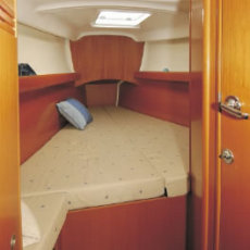 Beneteau First 40.7 Fore Cabin