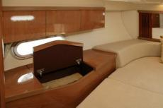 Sealine F34 Starboard Cabin