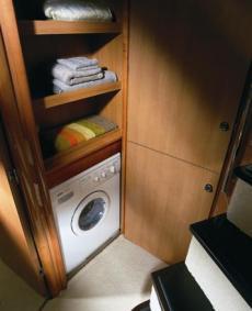 Sealine T60 Laundry Centre