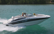 Crownline Deck Boat 220 EX