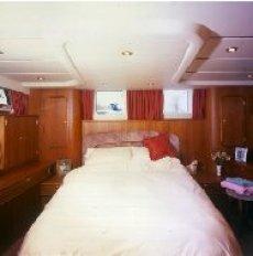 Broom 50 Aft Master Cabin